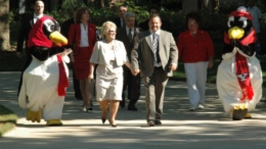 Anderson reflects on four decades at YSU
