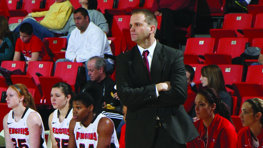 Women's Basketball With Tremendous Start to '14-'15 Season