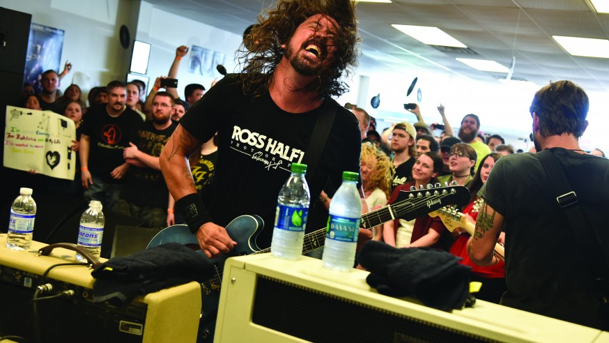 Foo Fighters Play Small Venue in Niles- 'It's Never Going to be Cooler Than This'