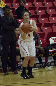 Youngstown State University guard Nikki Arbanas gets ready to shoot a 3-pointer.