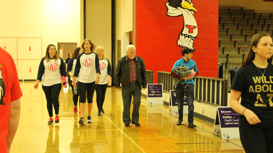 Students Share Memories, Support Cancer Research at Relay for Life