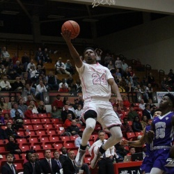YSU Upsets Akron in Season Opener