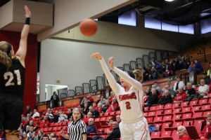Alison Smolinski (2) shots a 3-pointer over Hannah Clark (21) in the win against Northern Kentucky.