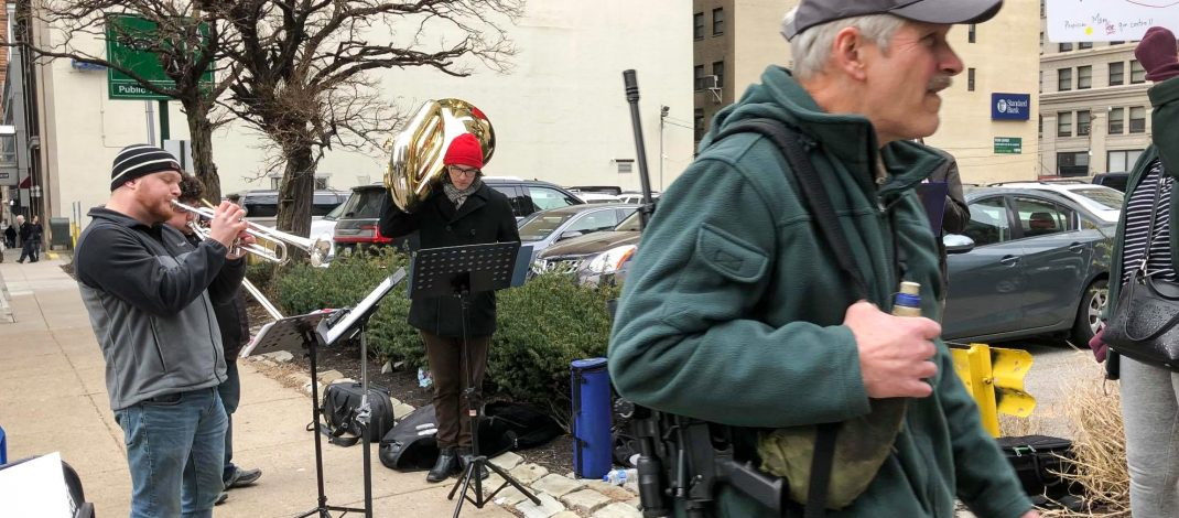 YSU Students Peacefully Protest Gun Rally With Music